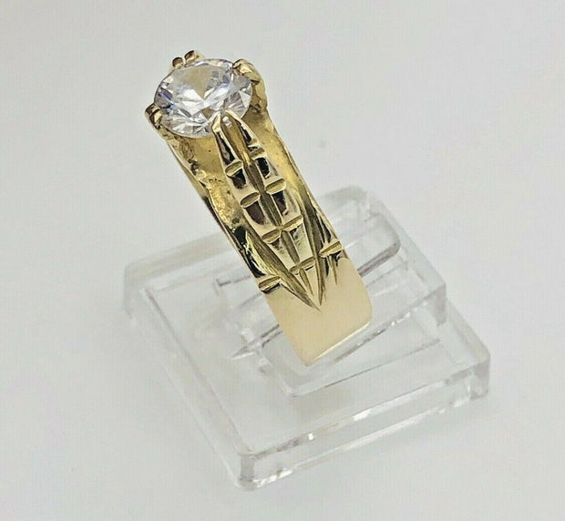 18K Yellow Gold Solitaire Cz Ring - Leaves Accent