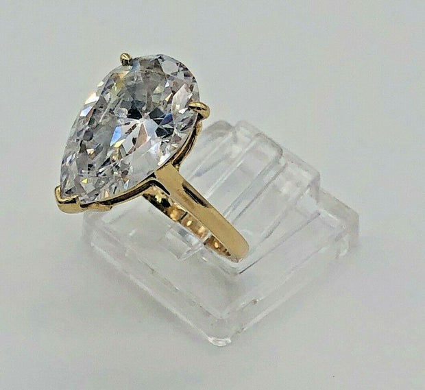 14k Yellow Gold Cz Pear shape Ring