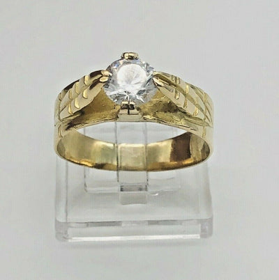 18K Yellow Gold Solitaire Ring - Leaves Accent