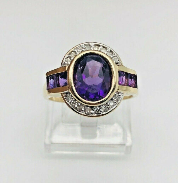 14k Yellow Gold Amethyst & Diamond Cocktail Ring