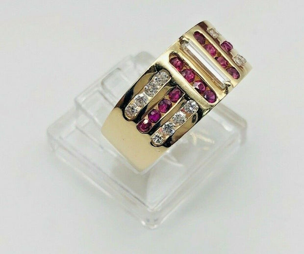 14k Yellow Gold Ruby & Diamond Ladies Ring