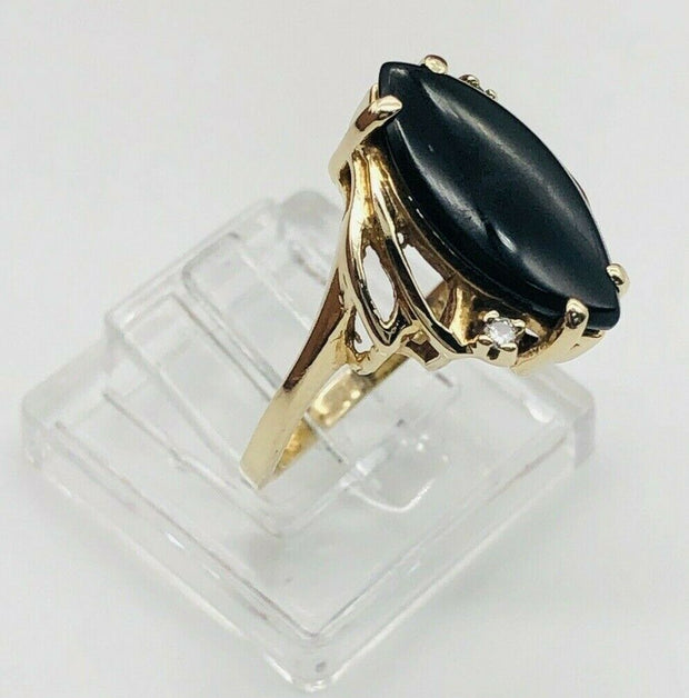 14k Yellow Gold Victorian Style Ring