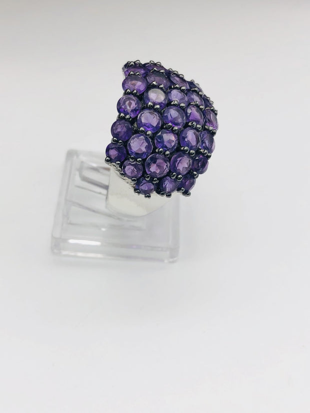 .925  Sterling Silver Amethyst Fashion Ring