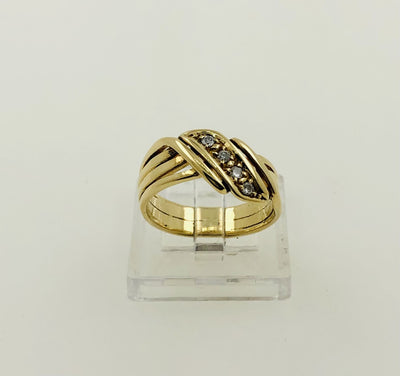 18K Yellow Gold Diamond Band Ring