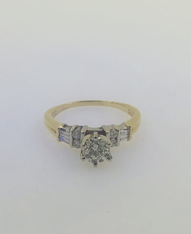 18K Yellow Gold Engagement Diamond Ring