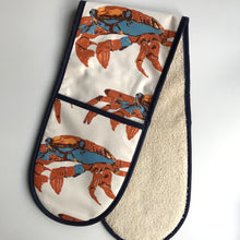 Load image into Gallery viewer, Crab Double Oven Glove
