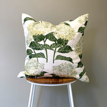 Load image into Gallery viewer, Hydrangea Cushion