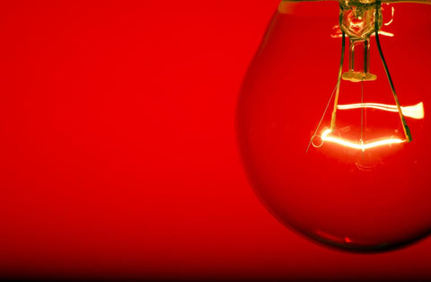 What You Need to Know About Red Light Therapy Bulbs: Is All Red Light Created Equal? | Rouge