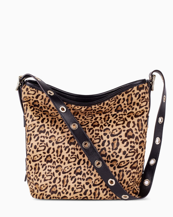 Buckle up bucket - Leopard front