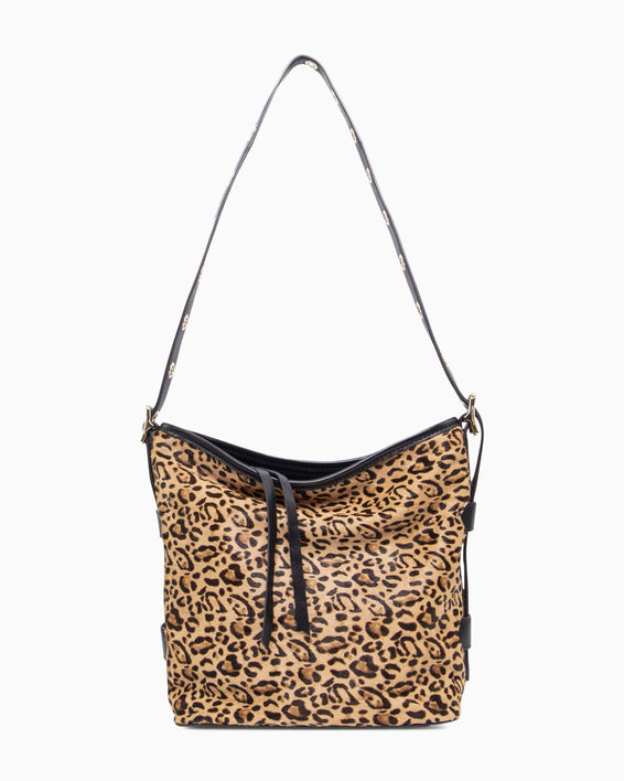 Buckle up Bucket - Leopard detail