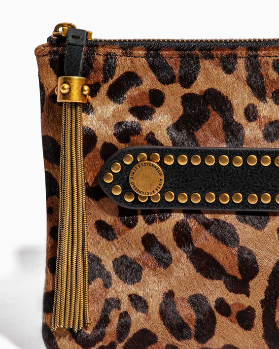 Dancing Queen Pouch Large Leopard Haircalf - strap detail