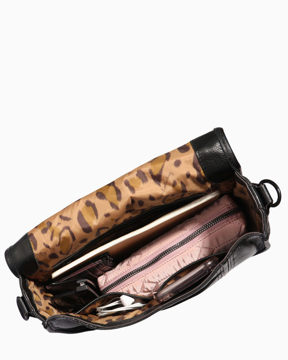 Fierce & Fab Saddle Bag - large leopard haircalf interior functionality