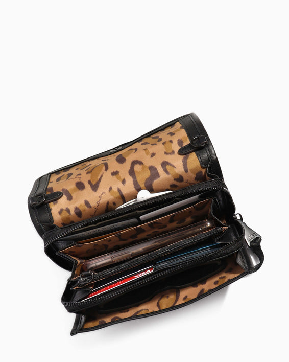 Fierce & Fab Wallet On A Chain - olive interior functionality