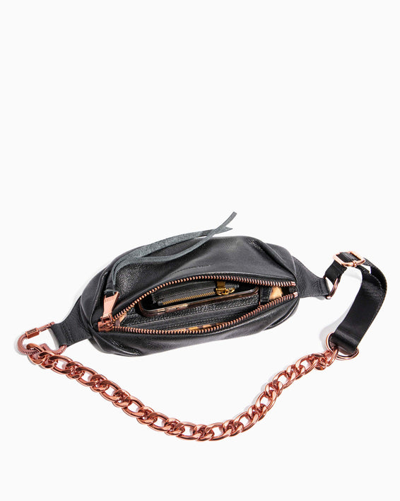 Heart Chain Bum Bag Black With Chocolate Rose Gold - interior functionality