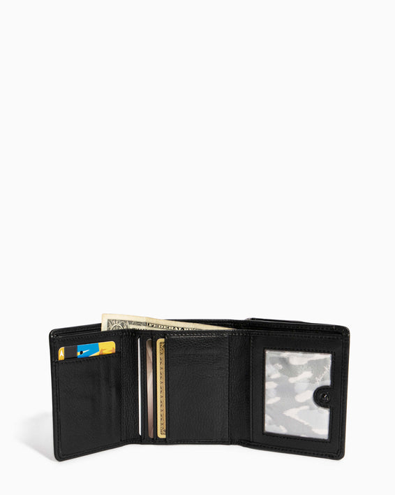 Fierce & Fab Trifold Wallet Black - interior functionality