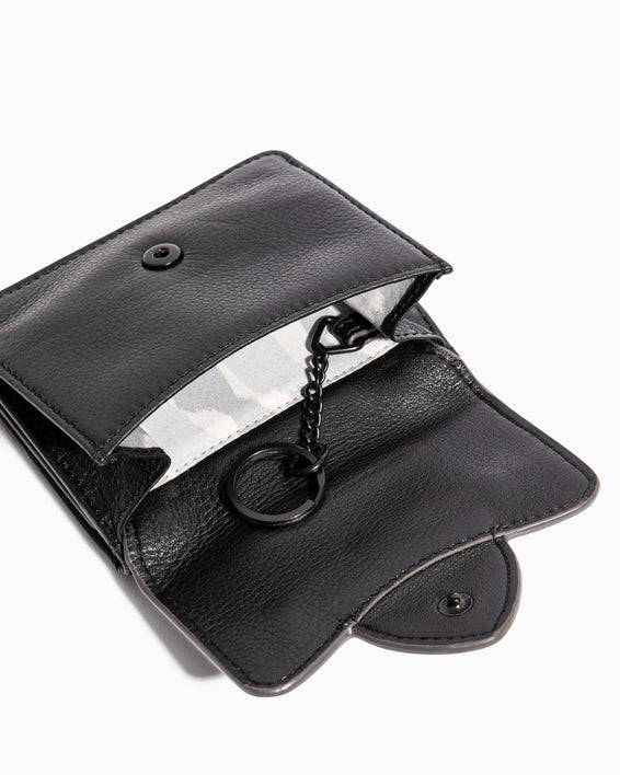 Fierce & Fab Trifold Wallet Black - key ring detail