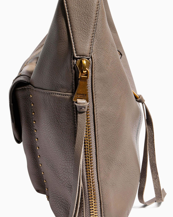 When In Milan Hobo Charcoal - gusset zipper detail