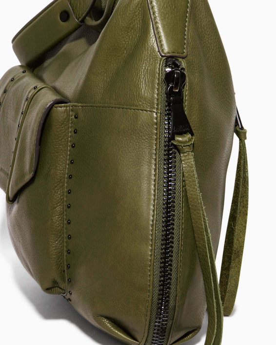 When In Milan Hobo Olive - gusset zipper detail