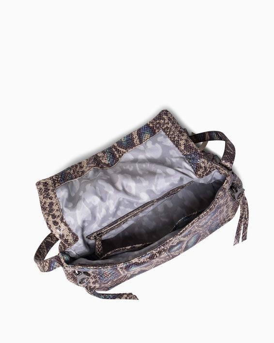 Bali Crossbody - Pop Snake interior functionality