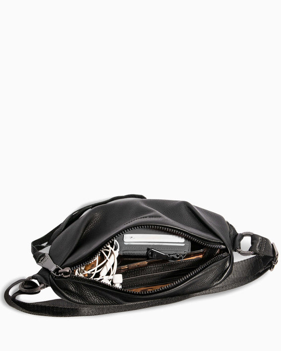 Outta This World Bum Bag Black - interior functionality