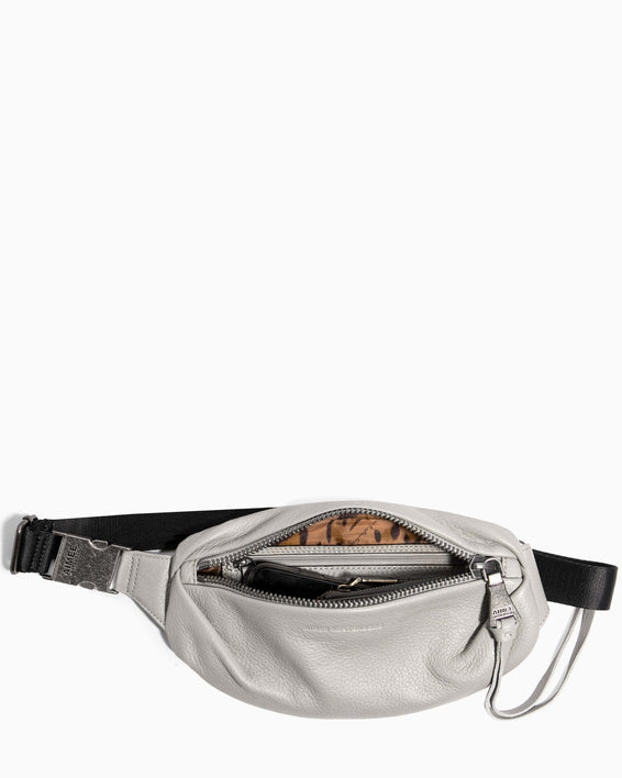Aimee Kestenberg | Milan Bum Bag Elephant Grey - interior functionality