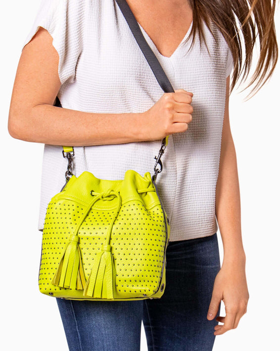 Wonderer Bucket Crossbody - on model