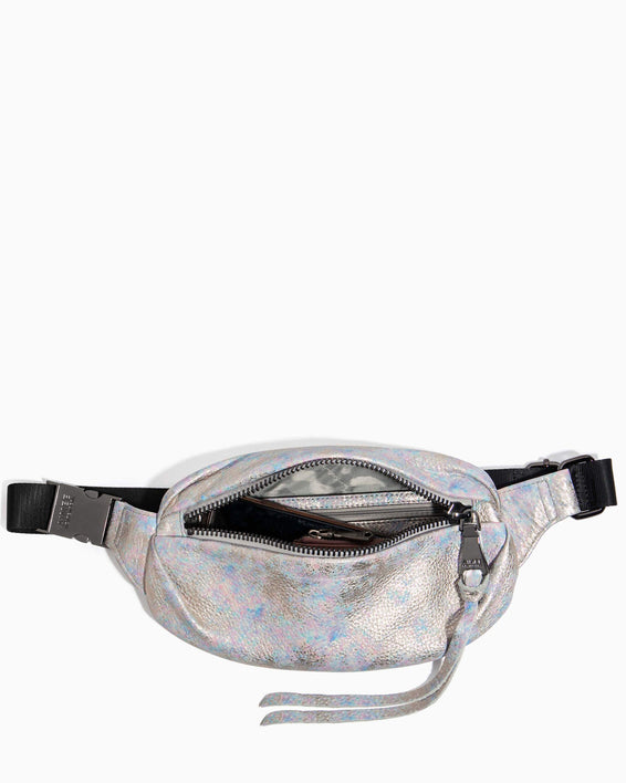 Milan Bum Bag Opal Distressed Metallic - interior functionality