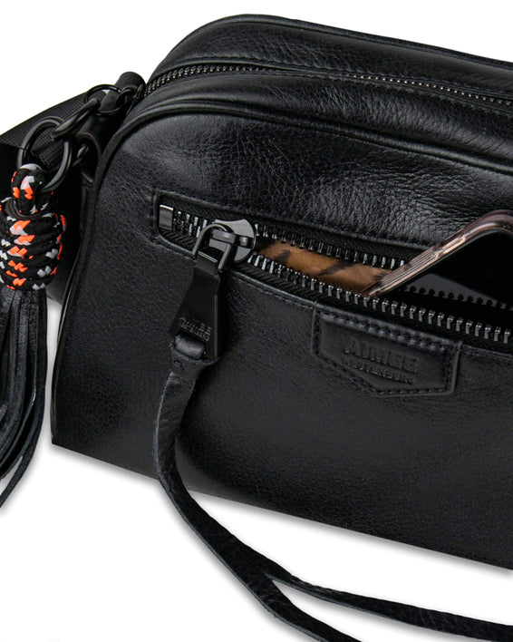 Sky High Crossbody - black detail