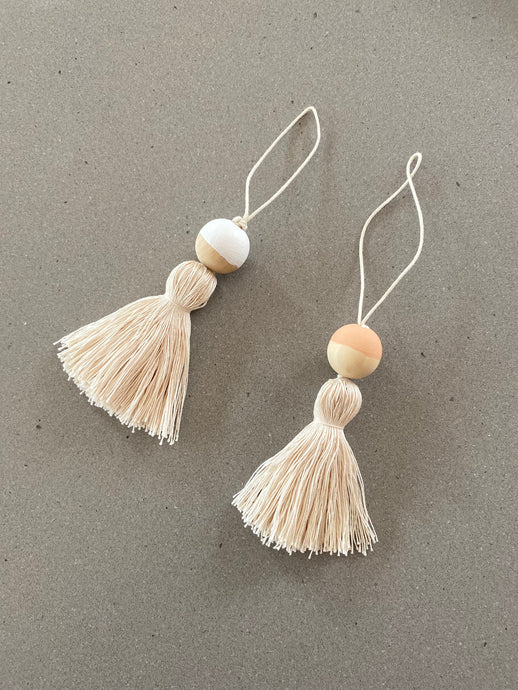 Simple Scandi Tree Tassels