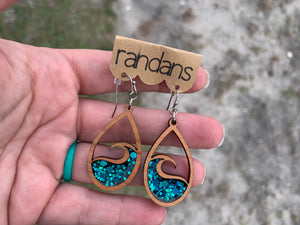 The Wave glitter wooden dangle
