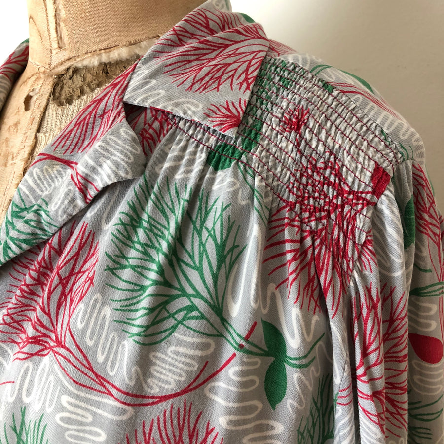 As-Is 1940's Rayon Smock Blouse - Size S/M/L