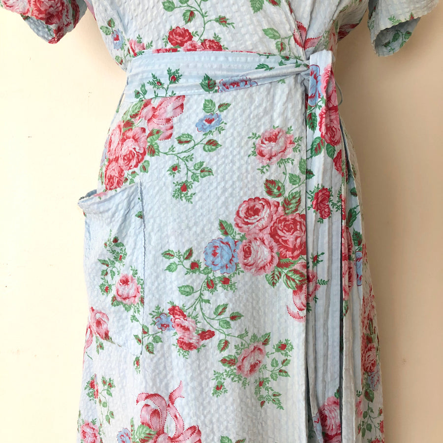1940's Rose Print Dressing Gown - Size M - AS IS
