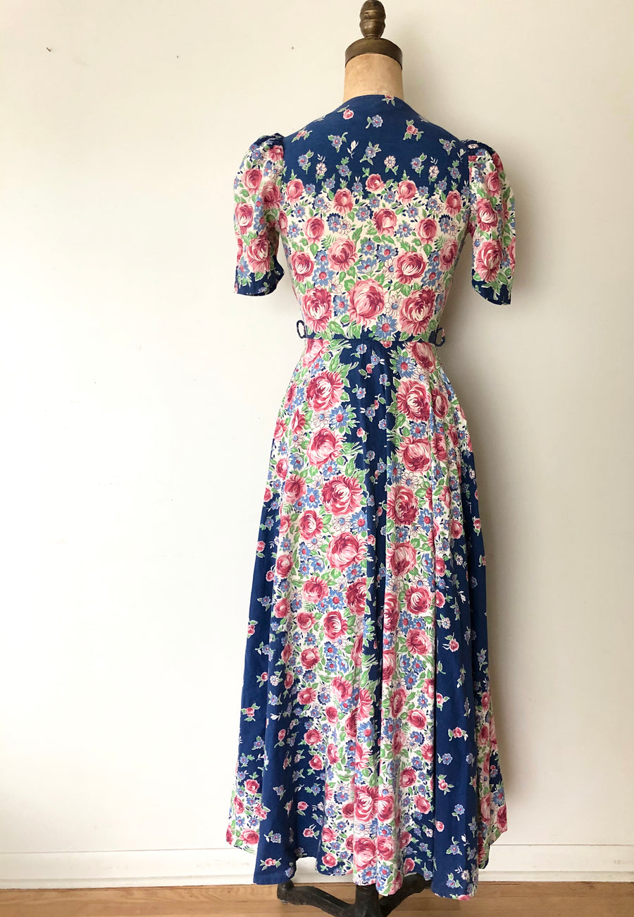 1940's Puff Sleeve Floral Dressing Down - Size XS - AS IS