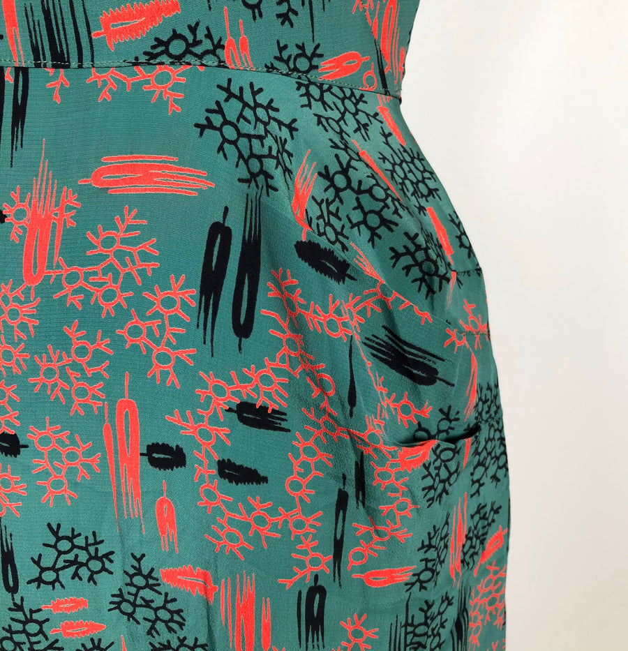 1940's Cold Rayon Printed Green Dress - Size S/M