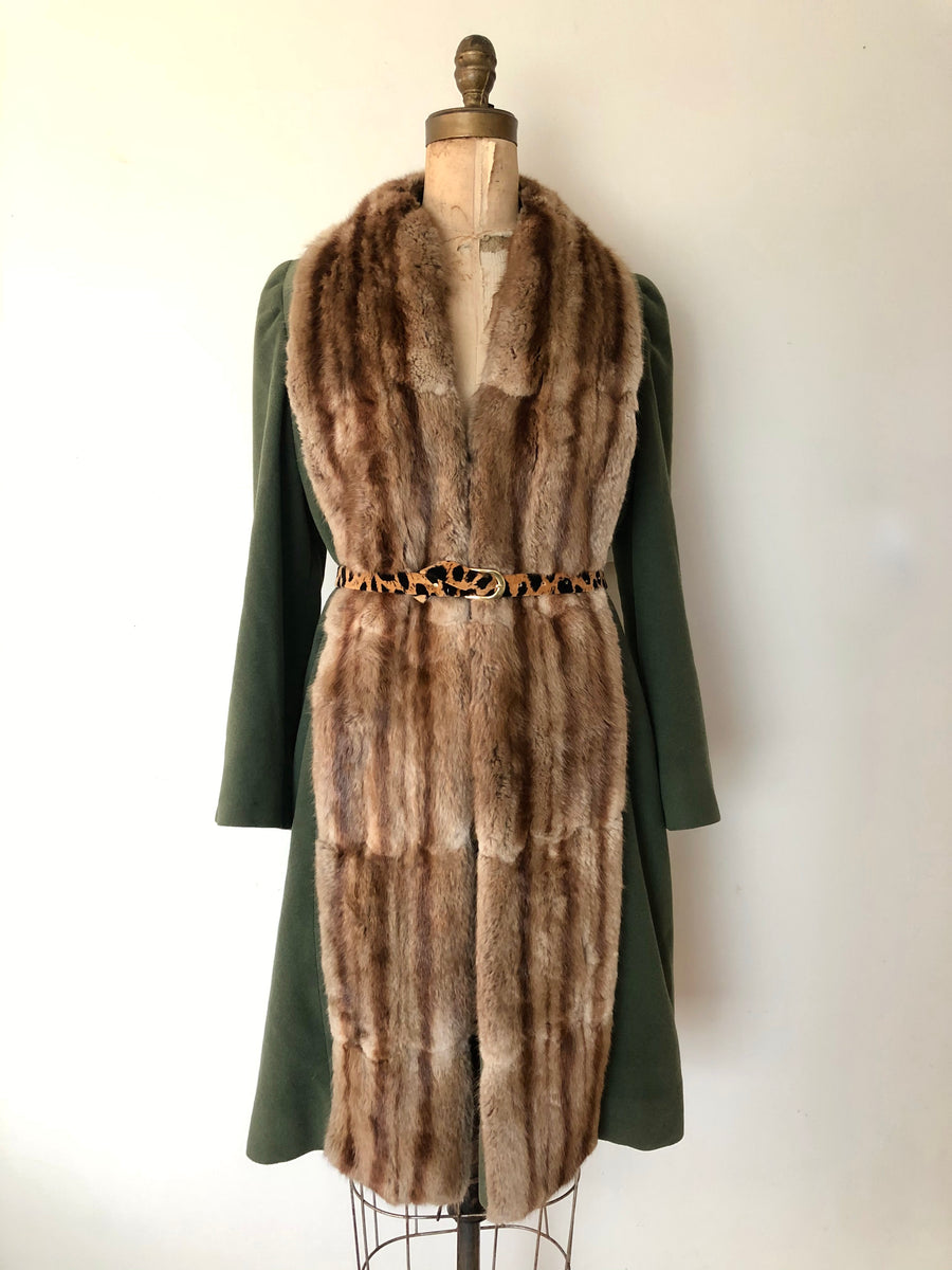 1940's Fur Collar Wool Coat - Size M
