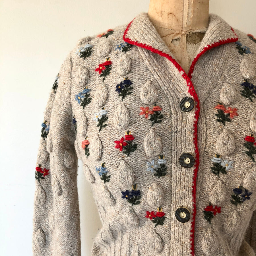 1980's does 1940's Embroidered Sweater - Size S/M