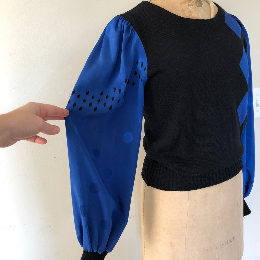 1980's Balloon Sleeve Sweater - Size M
