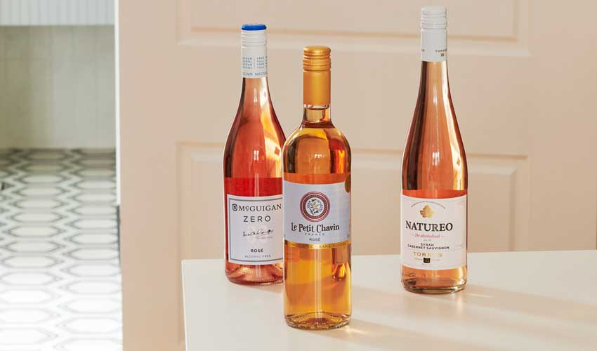 Set of 3 non-alcoholic rose wines