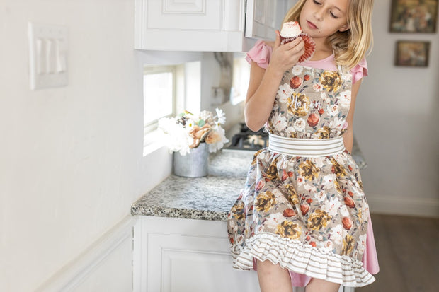 aprons for little bakers