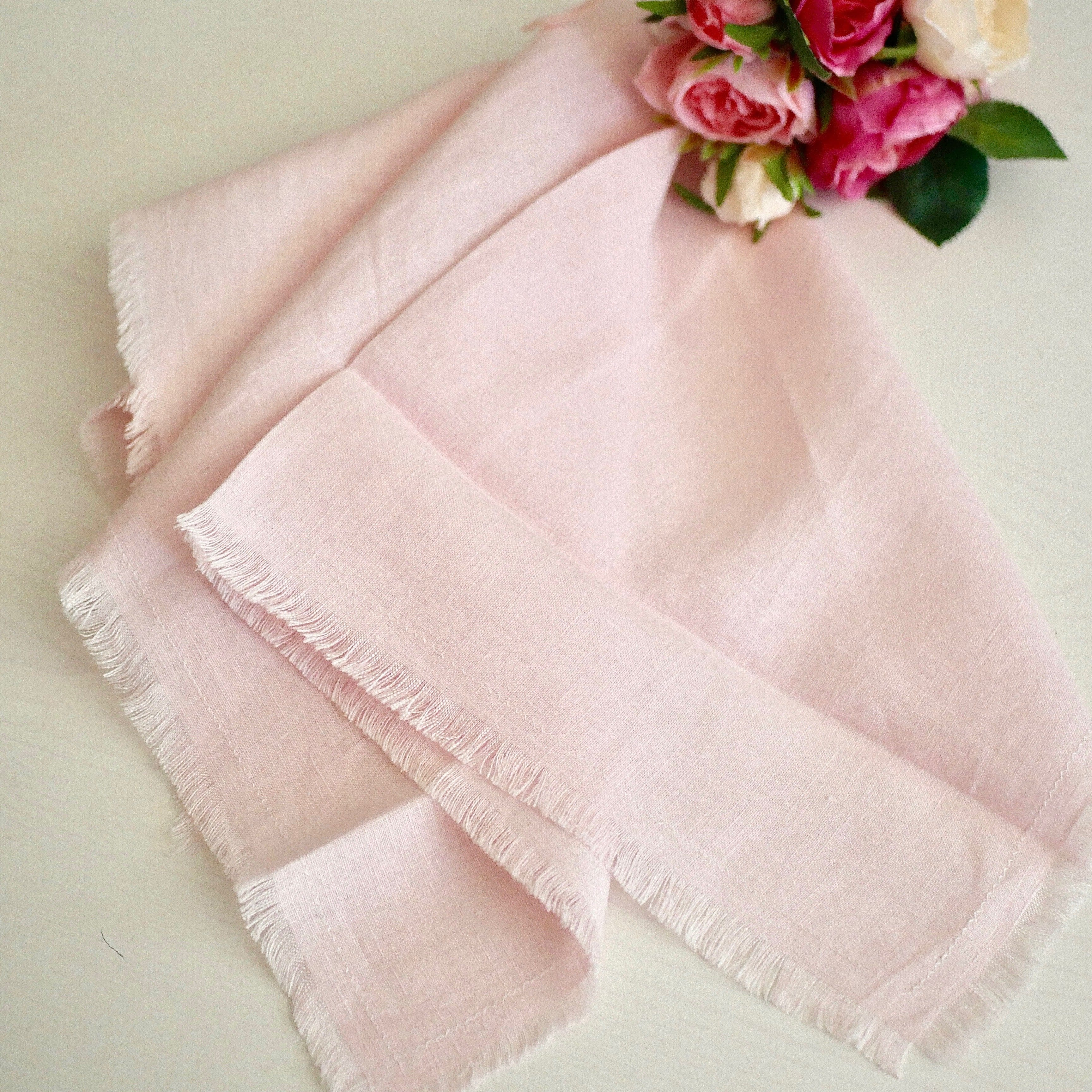 Blush linen fringed napkins