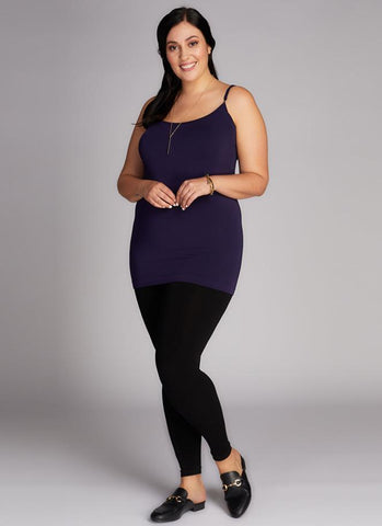 c'est moi bamboo seamless women's clothing line. cest moi seamless clothing. best basics. best bamboo leggings in Plus size