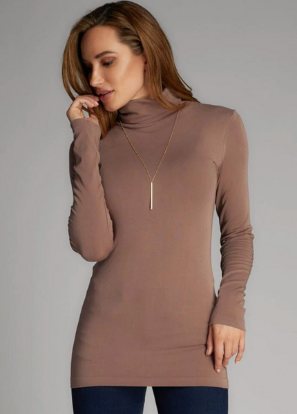 c'est moi bamboo seamless women's clothing line. cest moi seamless clothing. best basics. best bamboo Turtle neck in Mocha