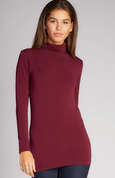 c'est moi bamboo seamless women's clothing line. cest moi seamless clothing. best basics. best bamboo Turtle neck in Bordeau