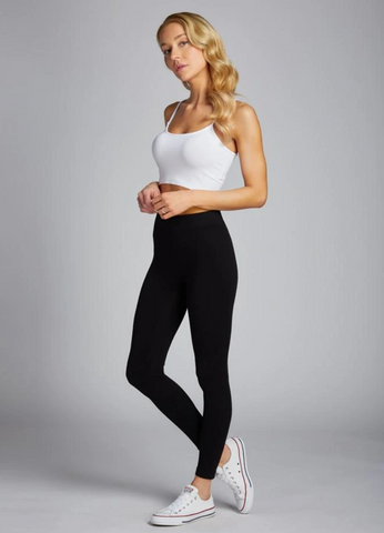 c'est moi bamboo seamless women's clothing line. cest moi seamless clothing. best basics. best bamboo leggings in black