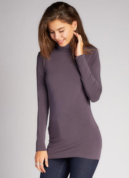 c'est moi bamboo seamless women's clothing line. cest moi seamless clothing. best basics. best bamboo Turtle neck in Charcoal