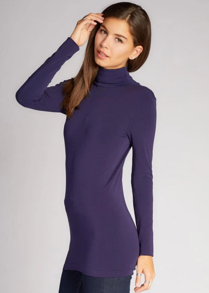 c'est moi bamboo seamless women's clothing line. cest moi seamless clothing. best basics. best bamboo Turtle neck in Navy