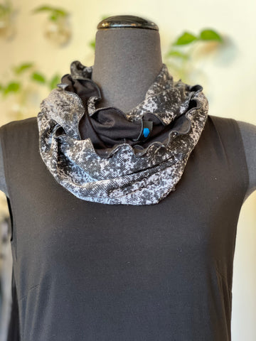L&B infinity scarf 6 in Blk/Gry