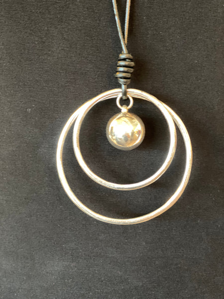 Angel Necklace - Circle w/Ball