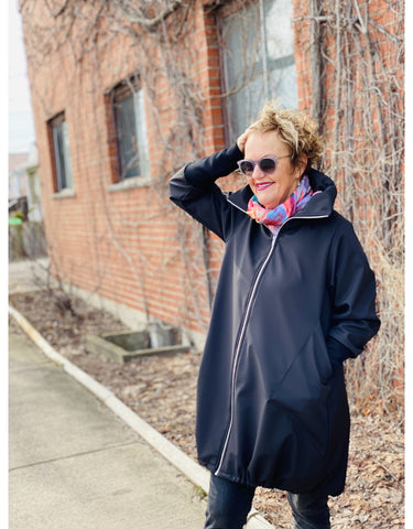 L&B Cleo Coat in Blk