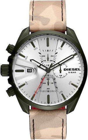 This MS9 DZ4472 men's watch by Diesel is a wonderful design with a unique style that will catch everyone's attention. Perfect for the casual style of your day to day life. Fall in love with this original and modern watch. - www.choubrand.com